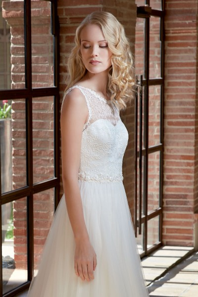 espace-mariage-chemille-robes-mariee-bochet-creations-palaos-01.png