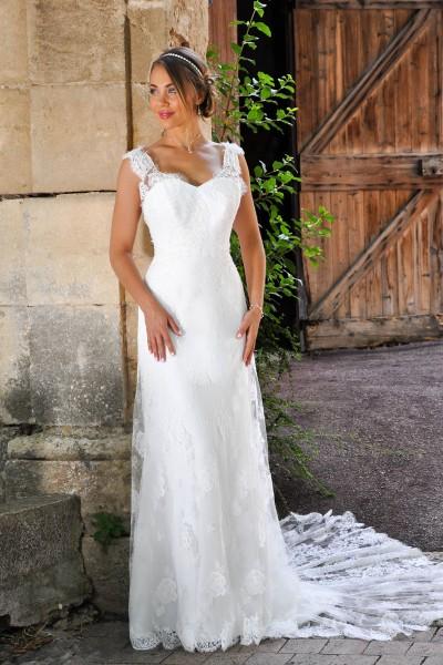 Les Mariees De Provence Ancenis Robes De Mariee Espace
